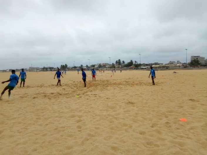 beach 18 e